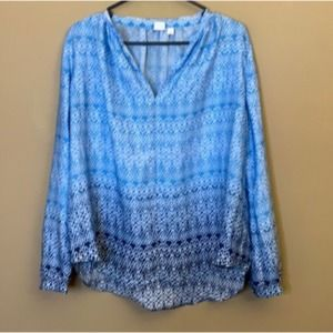 COPY - Gap patterned tunic top
